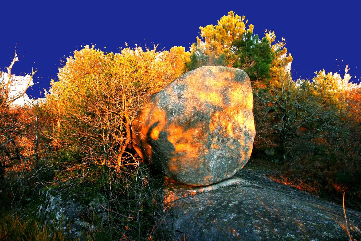 graniticworld boulders of the world rocs de granit du monde et du sidobre en particulier. Black Bedroom Furniture Sets. Home Design Ideas